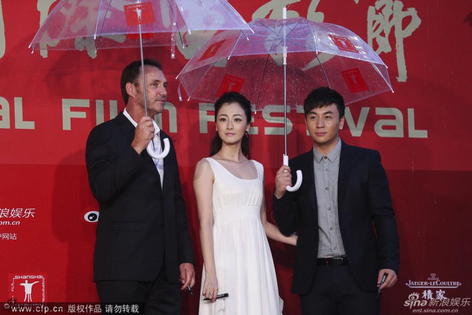 http://www.sinaimg.cn/dy/slidenews/4_img/2013_25/704_1007458_442915.jpg