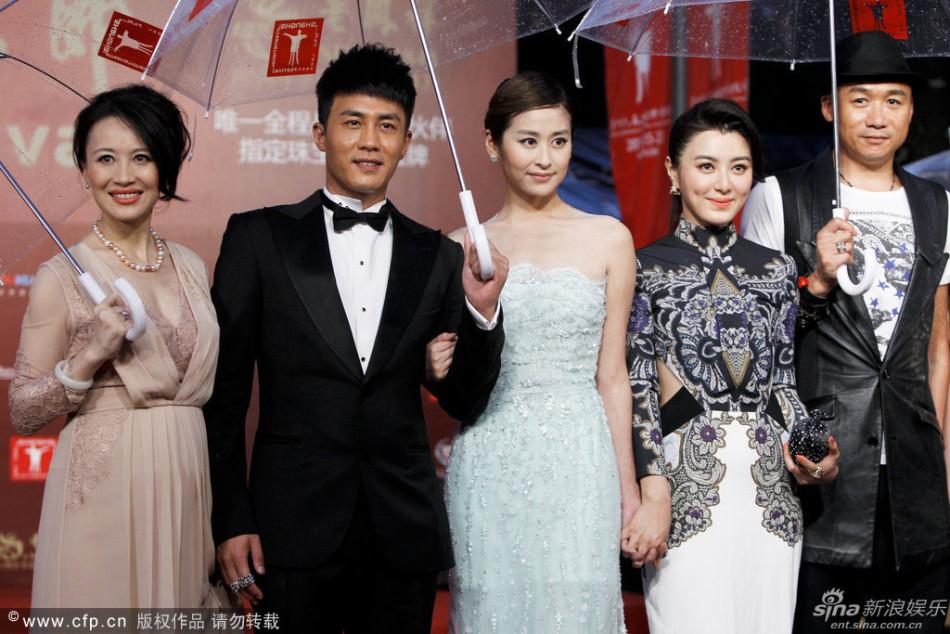 http://www.sinaimg.cn/dy/slidenews/4_img/2013_25/704_1007467_888800.jpg