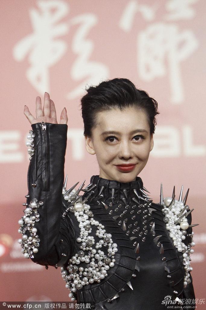http://www.sinaimg.cn/dy/slidenews/4_img/2013_25/704_1007550_966427.jpg