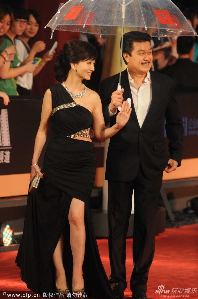 http://www.sinaimg.cn/dy/slidenews/4_img/2013_25/704_1007827_474191.jpg
