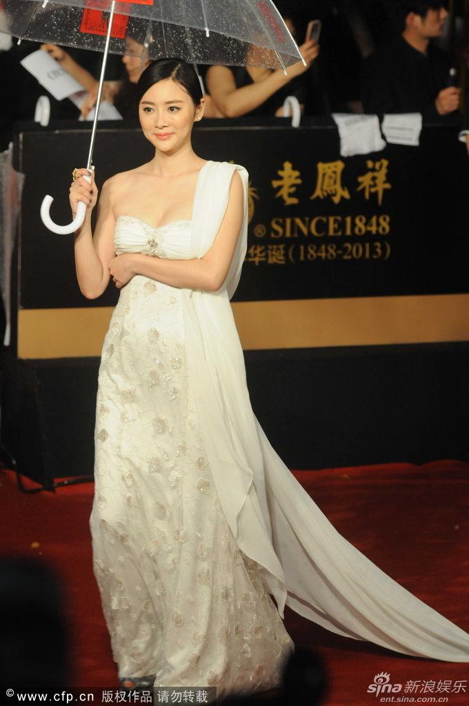 http://www.sinaimg.cn/dy/slidenews/4_img/2013_25/704_1007870_511777.jpg