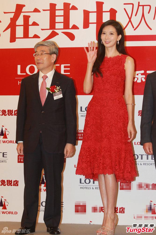 http://www.sinaimg.cn/dy/slidenews/4_img/2013_26/704_1010390_803561.jpg