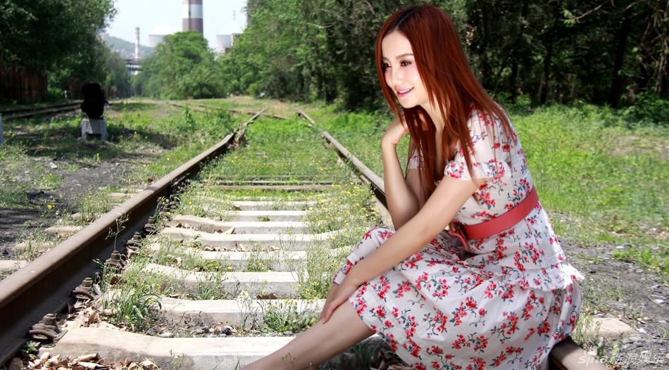 http://www.sinaimg.cn/dy/slidenews/4_img/2013_26/704_1011765_877092.jpg