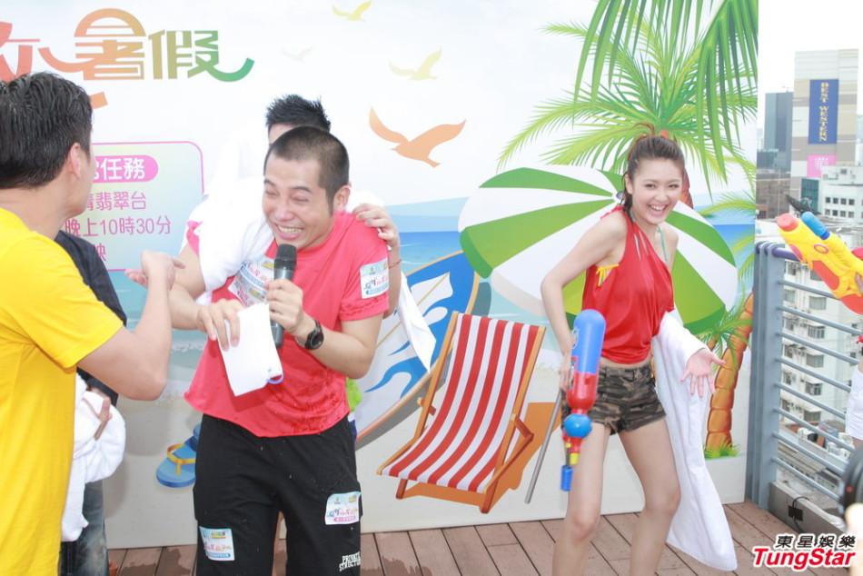 http://www.sinaimg.cn/dy/slidenews/4_img/2013_26/704_1013780_575422.jpg