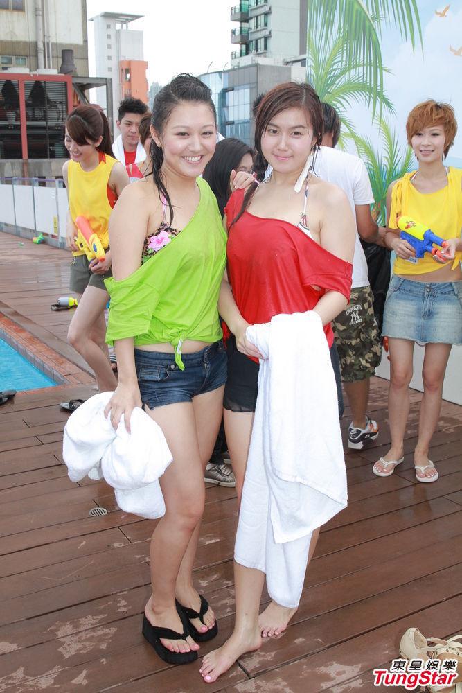 http://www.sinaimg.cn/dy/slidenews/4_img/2013_26/704_1013788_139627.jpg