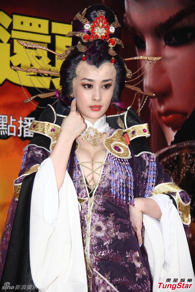 http://www.sinaimg.cn/dy/slidenews/4_img/2013_27/704_1015793_445460.jpg
