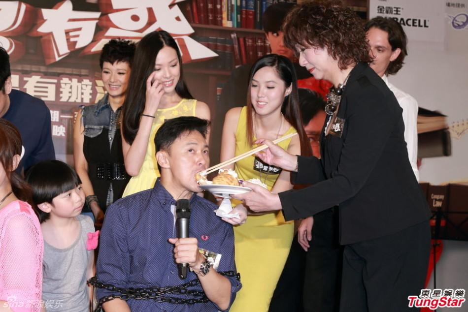 http://www.sinaimg.cn/dy/slidenews/4_img/2013_27/704_1016022_170988.jpg