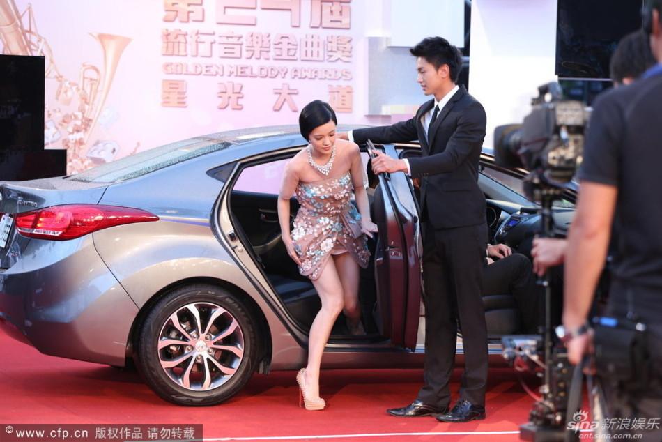 http://www.sinaimg.cn/dy/slidenews/4_img/2013_27/704_1020821_535144.jpg
