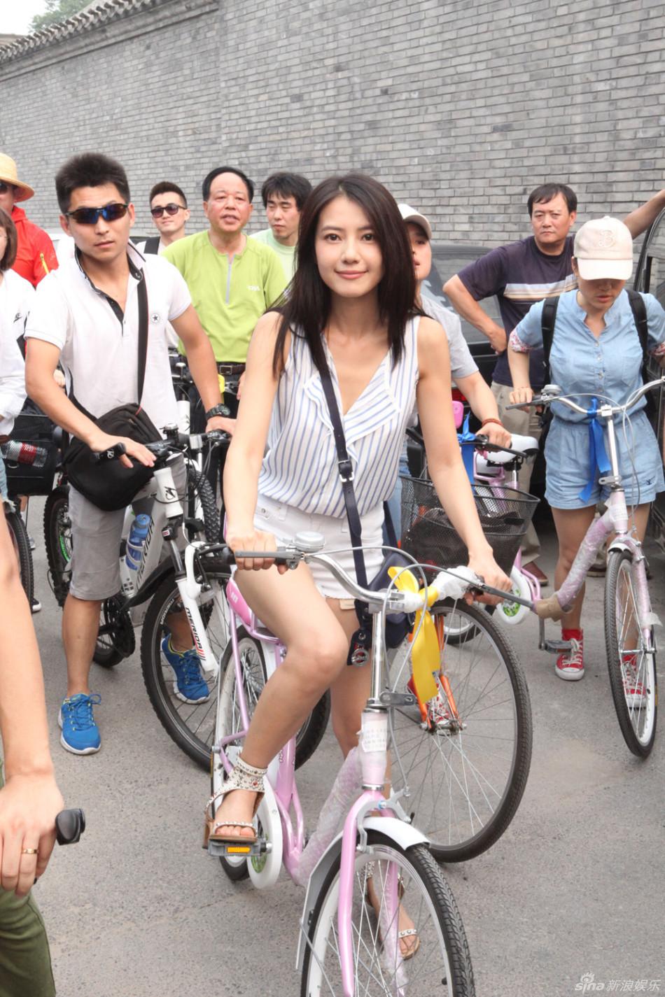 http://www.sinaimg.cn/dy/slidenews/4_img/2013_28/704_1022949_888878.jpg