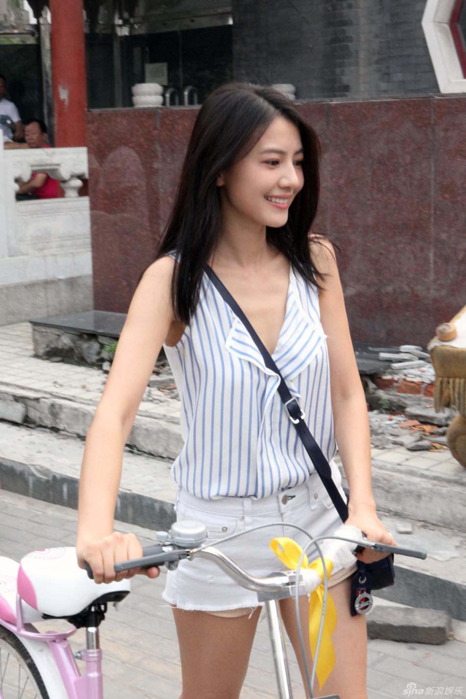 http://www.sinaimg.cn/dy/slidenews/4_img/2013_28/704_1022952_712274.jpg