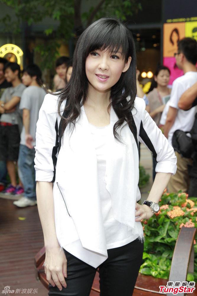 http://www.sinaimg.cn/dy/slidenews/4_img/2013_28/704_1023170_337576.jpg