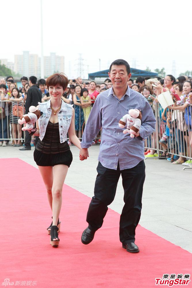 http://www.sinaimg.cn/dy/slidenews/4_img/2013_29/704_1028580_763740.jpg