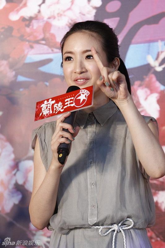 http://www.sinaimg.cn/dy/slidenews/4_img/2013_29/704_1028935_460683.jpg