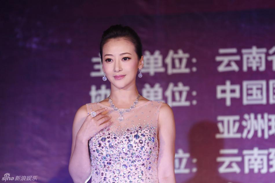 http://www.sinaimg.cn/dy/slidenews/4_img/2013_29/704_1031417_641323.jpg