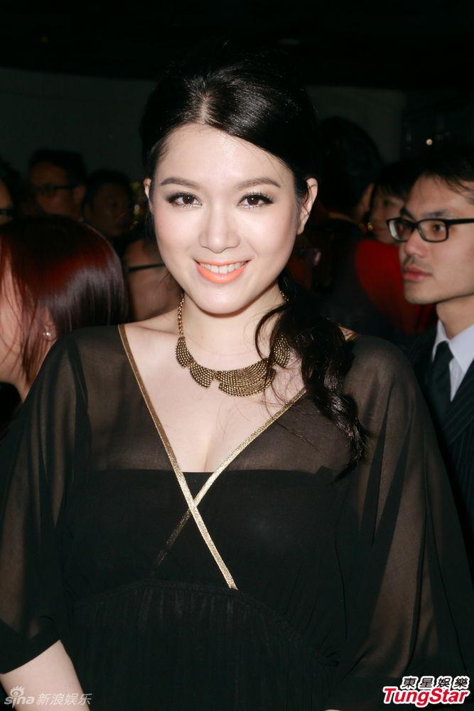 http://www.sinaimg.cn/dy/slidenews/4_img/2013_29/704_1032403_563885.jpg