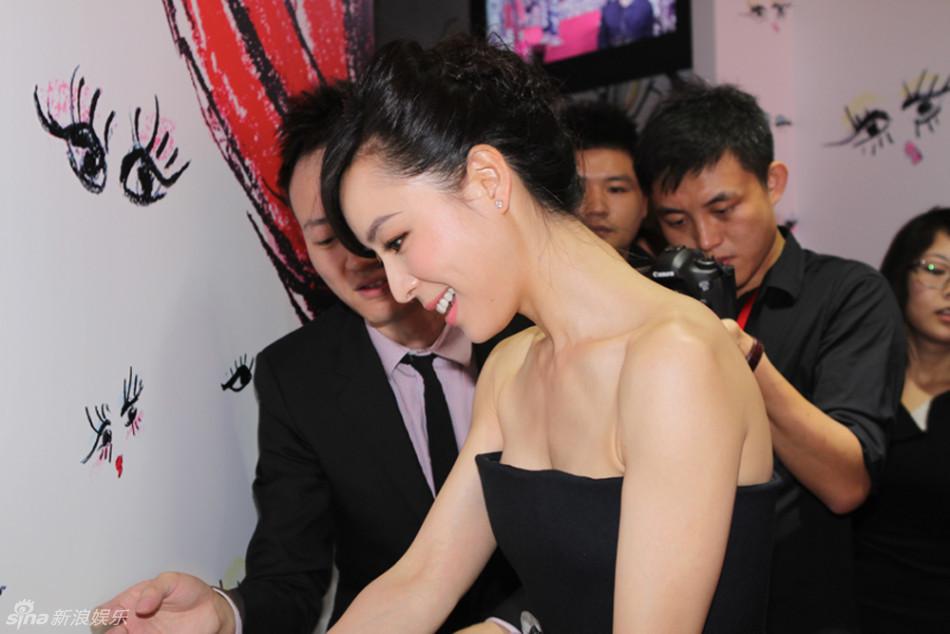 http://www.sinaimg.cn/dy/slidenews/4_img/2013_30/704_1035649_673264.jpg