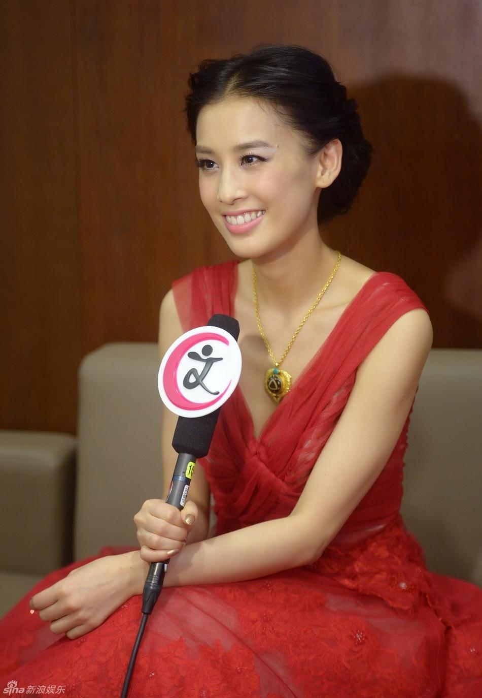 http://www.sinaimg.cn/dy/slidenews/4_img/2013_30/704_1036102_761442.jpg
