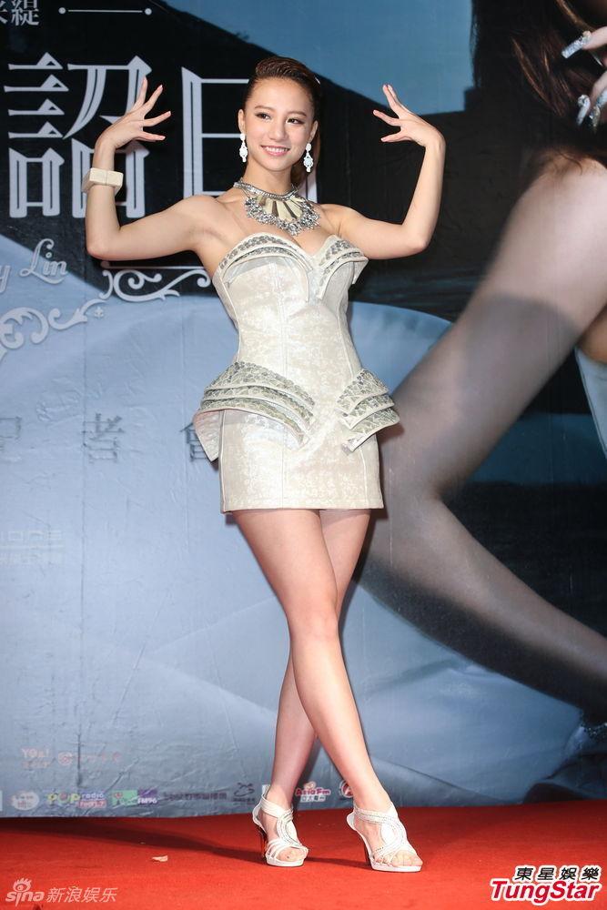 http://www.sinaimg.cn/dy/slidenews/4_img/2013_30/704_1037180_393823.jpg