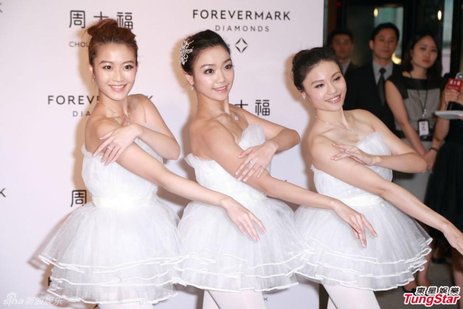 http://www.sinaimg.cn/dy/slidenews/4_img/2013_30/704_1038788_625443.jpg