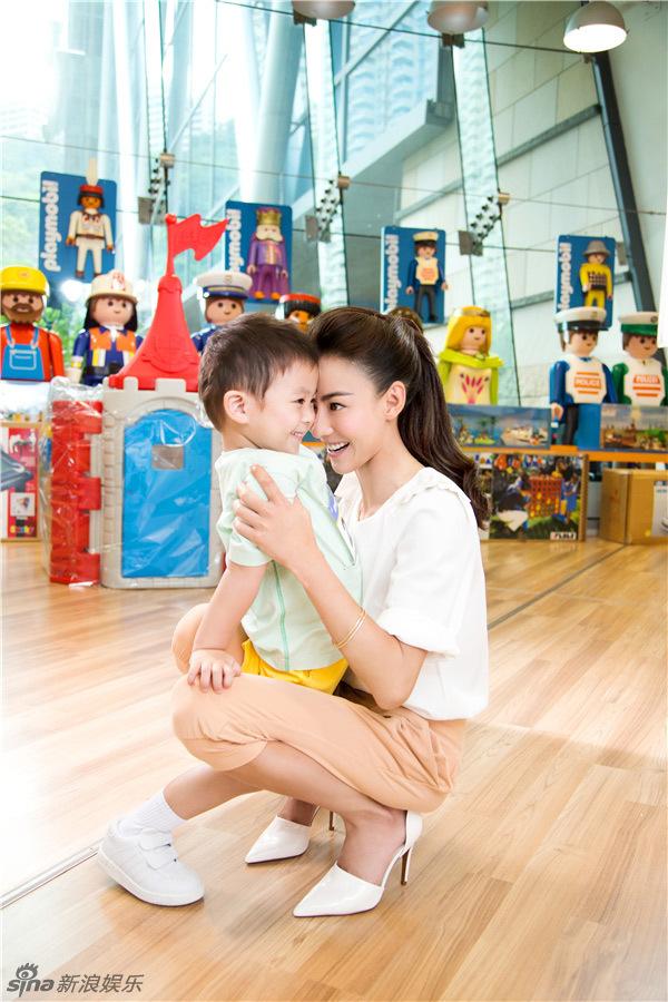 http://www.sinaimg.cn/dy/slidenews/4_img/2013_31/704_1045002_140380.jpg