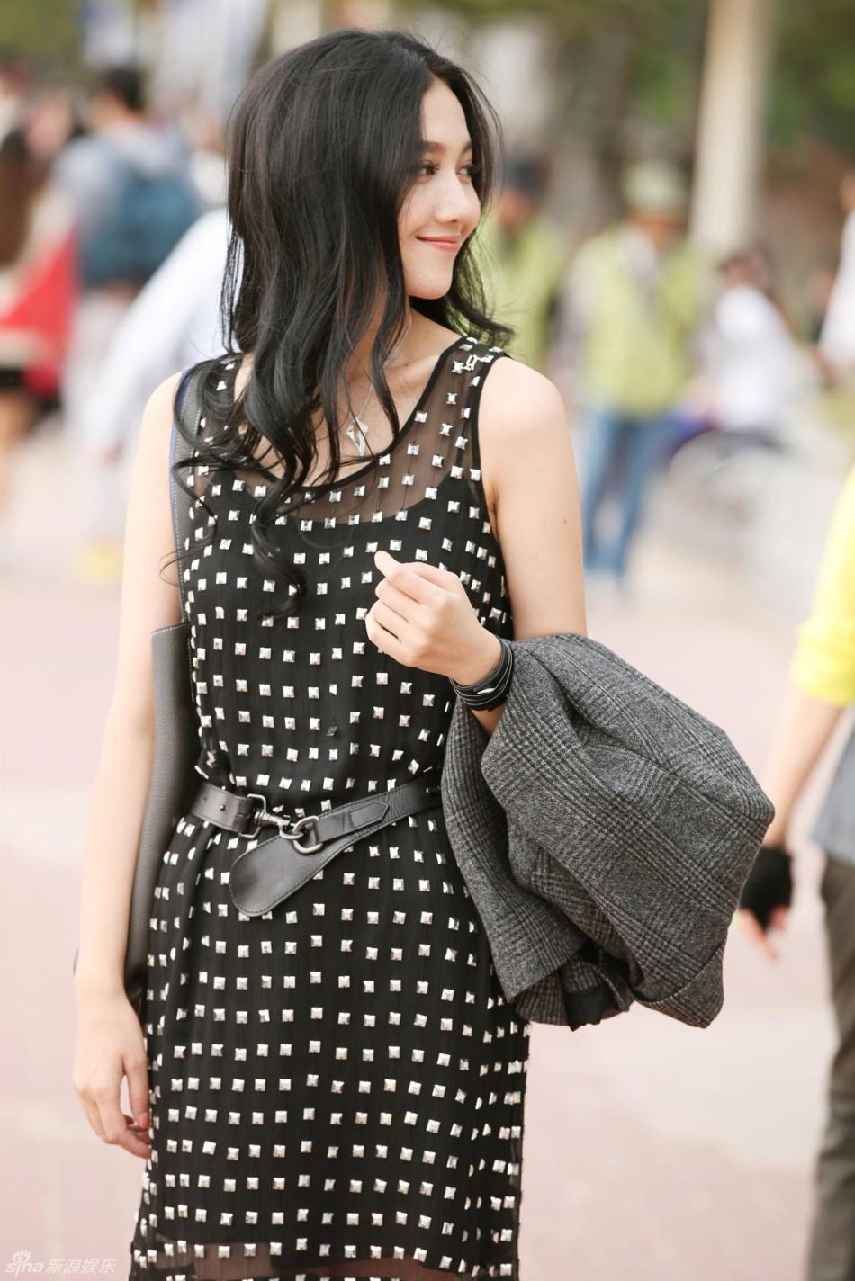 http://www.sinaimg.cn/dy/slidenews/4_img/2013_32/704_1050606_144956.jpg