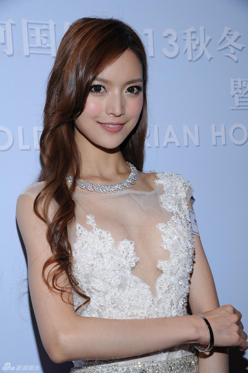 http://www.sinaimg.cn/dy/slidenews/4_img/2013_32/704_1053679_488731.jpg