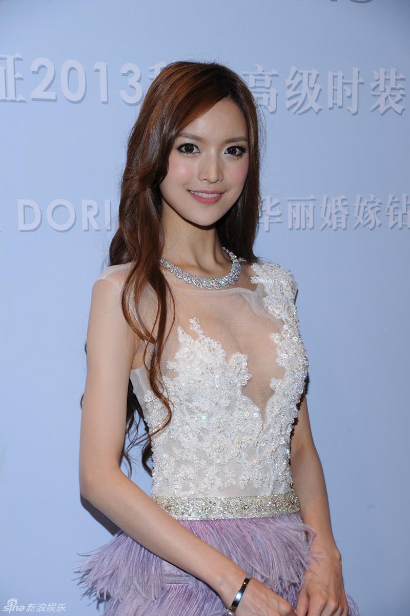 http://www.sinaimg.cn/dy/slidenews/4_img/2013_32/704_1053692_525503.jpg