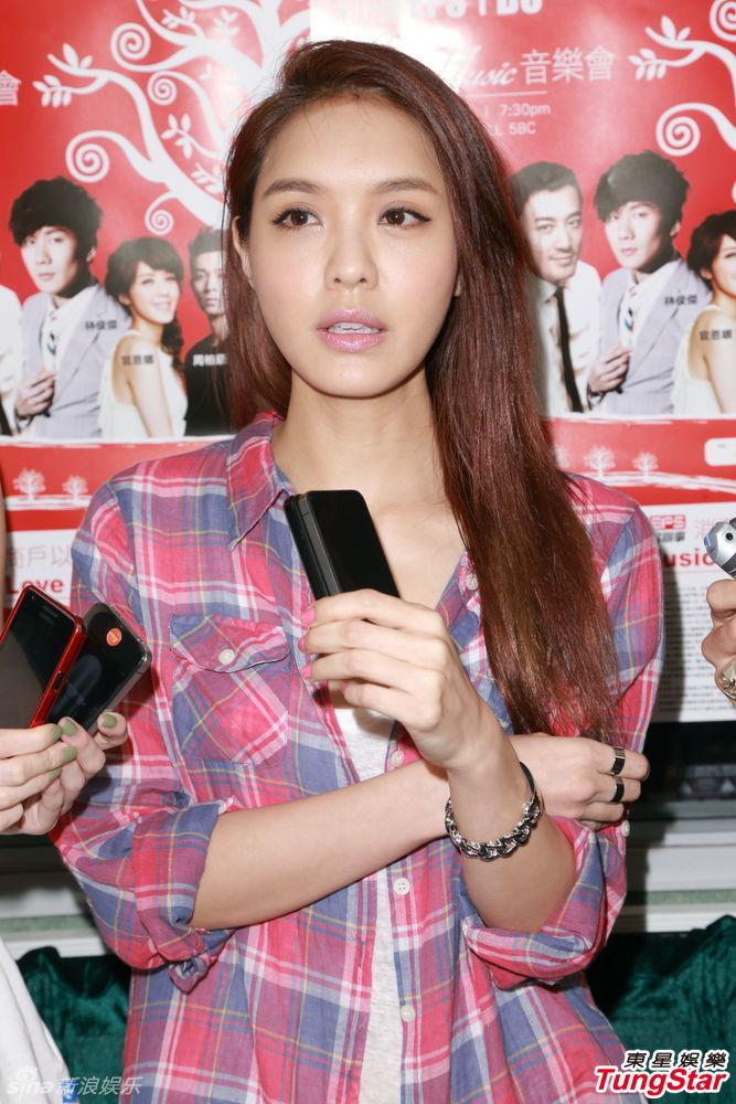 http://www.sinaimg.cn/dy/slidenews/4_img/2013_32/704_1054411_999065.jpg