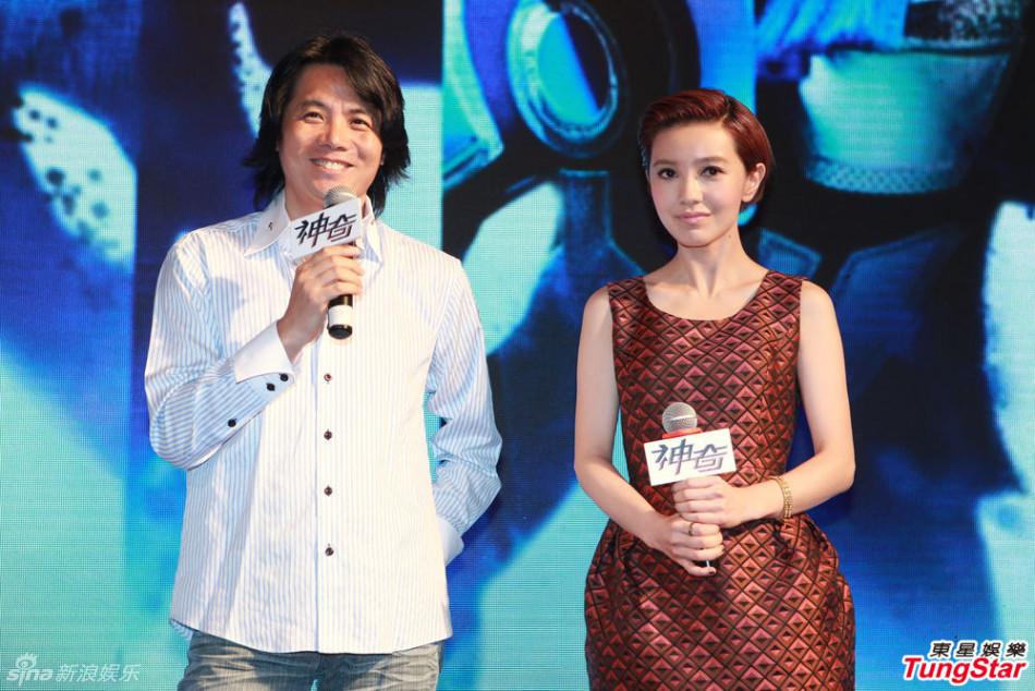 http://www.sinaimg.cn/dy/slidenews/4_img/2013_33/704_1060528_765575.jpg