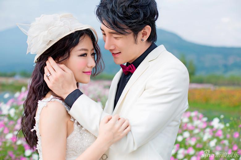组图 白冰被曝登记结婚 与男模老公婚纱照曝光图片