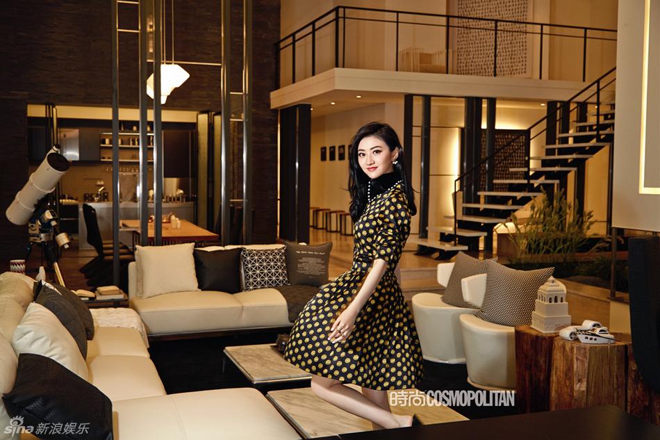 组图  首尔组图:景甜登杂志封面 首尔浪漫邂逅