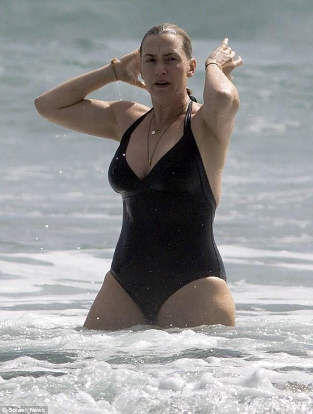 凯特温斯莱特湿身冲浪 肥腰象腿