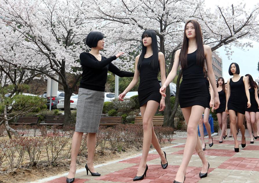 【20150408】【明星】好多美腿!韩国模特女