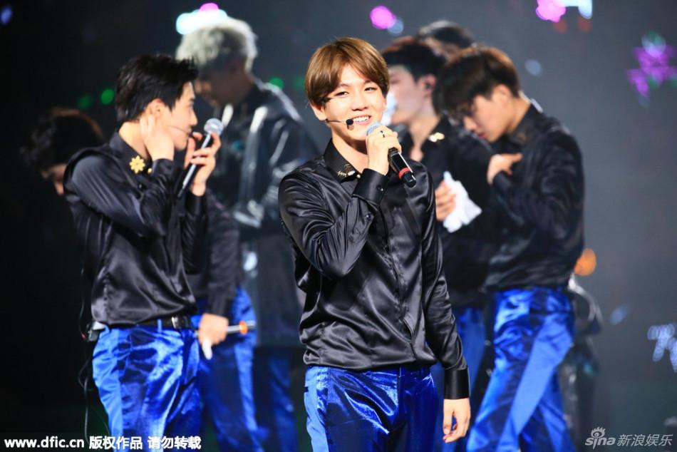 组图 EXO上海热力开唱 场面火爆人气旺