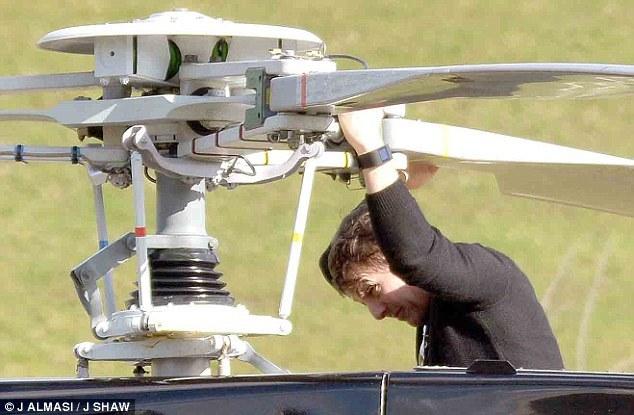汤姆·克鲁斯学开直升飞机