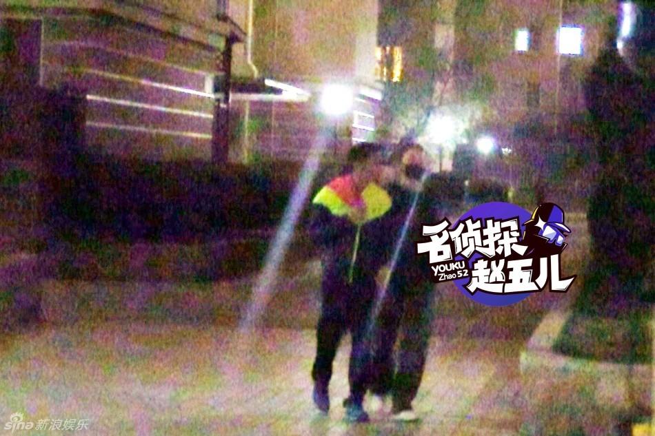 王菲 谢霆锋报道包括完整图片和清晰视频