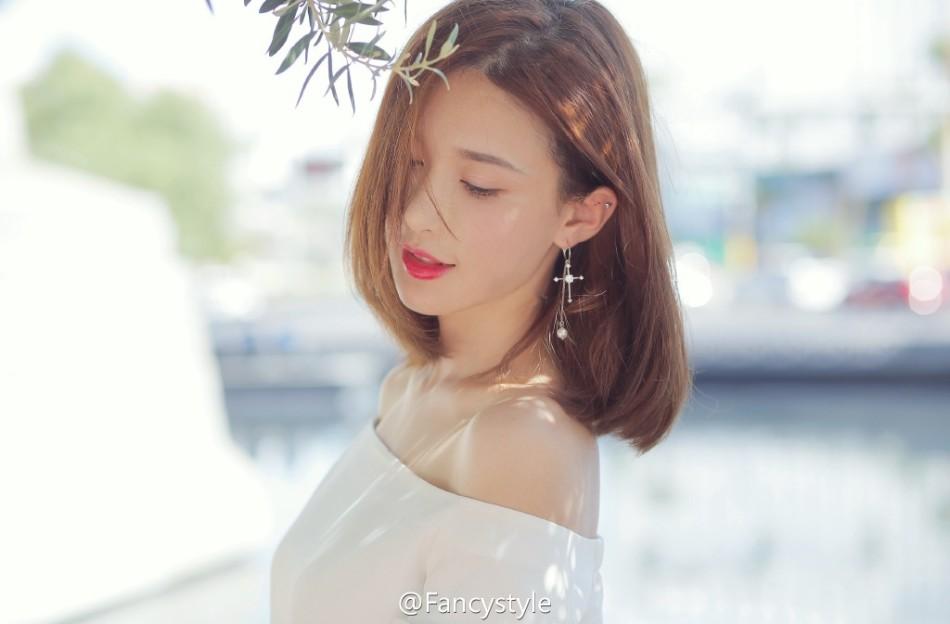 网红fancy水嫩可爱笑容甜