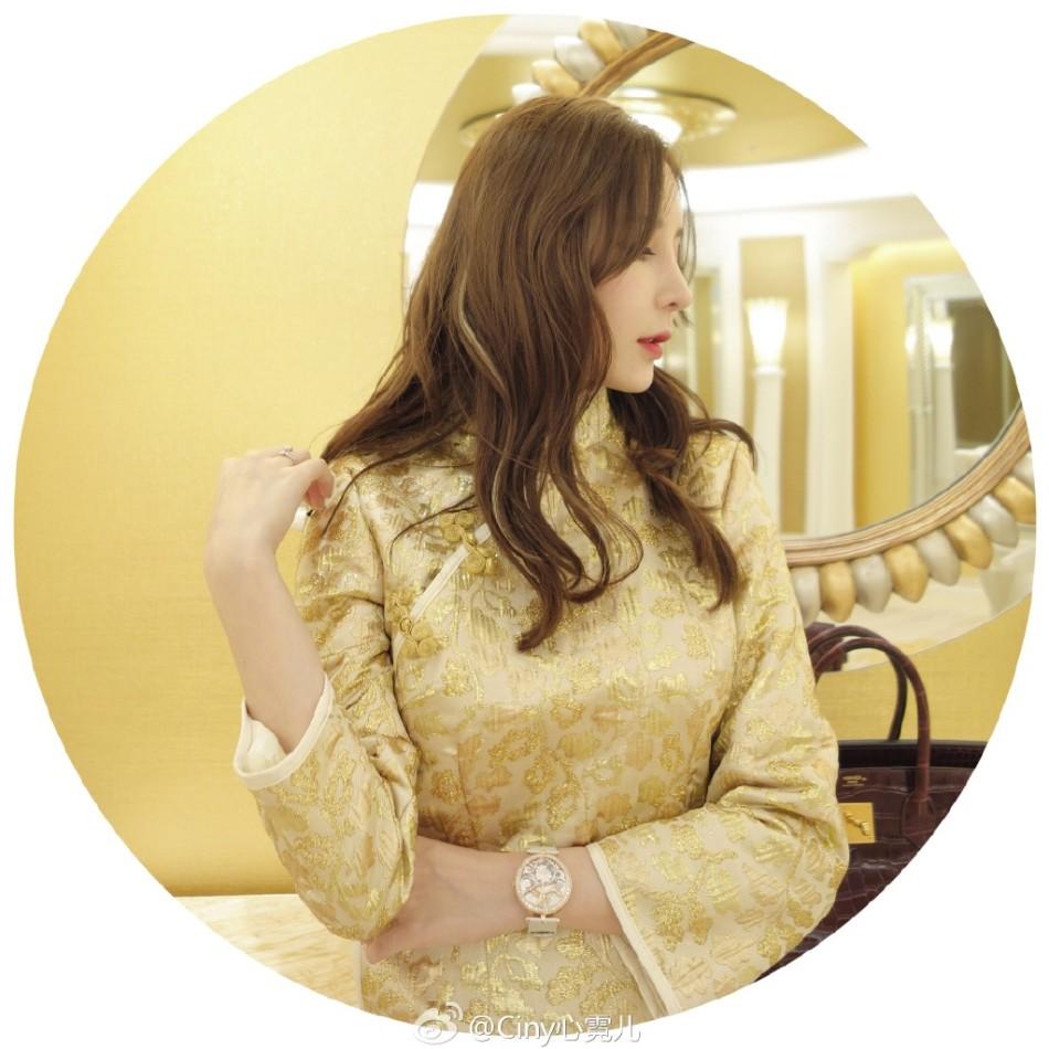 组图 绝色人妻 心霓儿穿大金旗袍露到大腿根