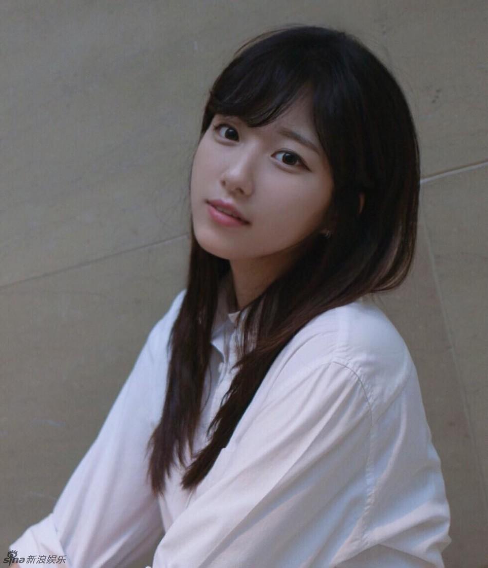 组图:韩菜鸟美女记者清纯可爱 获赞颜值100分_高清