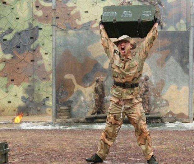 """""""猎人""""是解放军特种兵的代称,而解放军特种部队的具体训练内容一"""