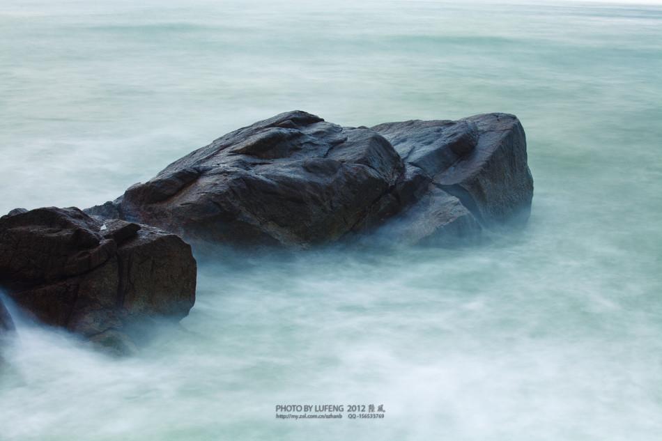 分界洲在海南陵水黎族自治县东北部海上,距陆地约4公里.岛屿面积高清图片