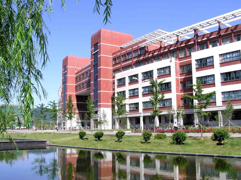 山东科技大学校园风光