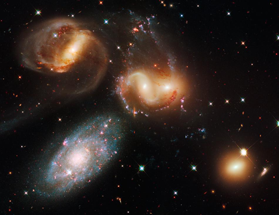 哈勃望远镜天文照片精选