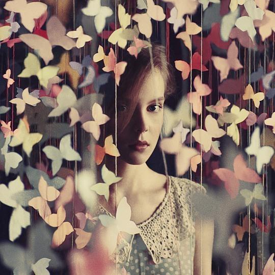 乌克兰摄影师Oleg Oprisco的一组创意人像摄影作品.这些画面简单又图片