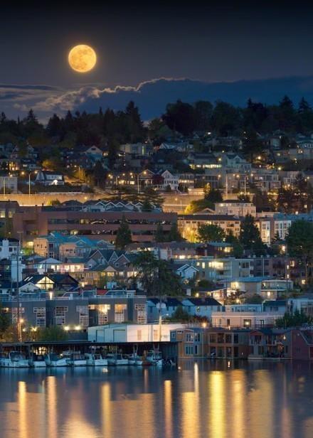 世界各地超级月亮美景