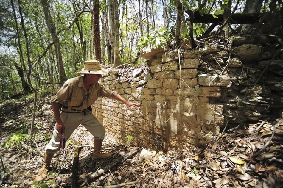 墨西哥雨林发现1000年前废弃玛雅古城