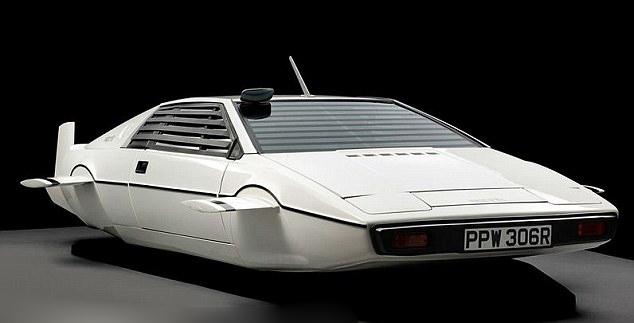 美国特拉斯公司斥资百万美元研发水下汽车高清图片
