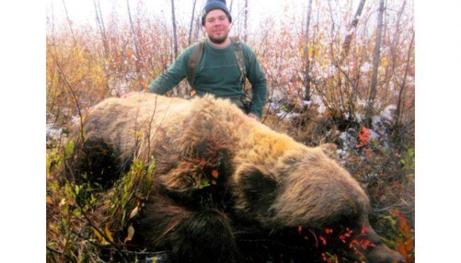 自然界中27种最大的动物:男孩射杀950斤野猪