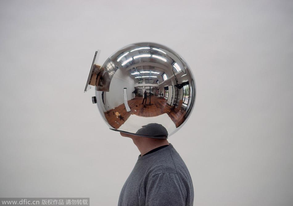 德大学生发明时光头盔:可慢镜头播放现实生活