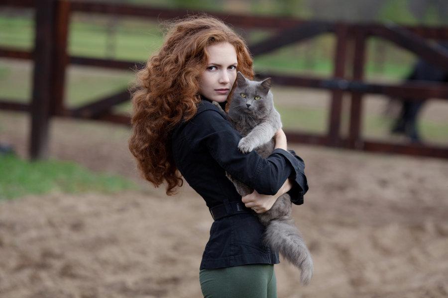 摄影师Roman Kargapolov拍摄的情侣照别具匠心,取景构图自然和谐图片